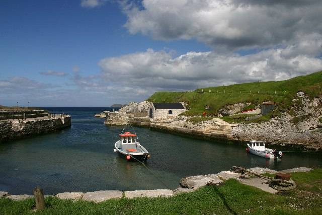 File:Ballintoy Harbour - geograph.org.uk - 19750.jpg