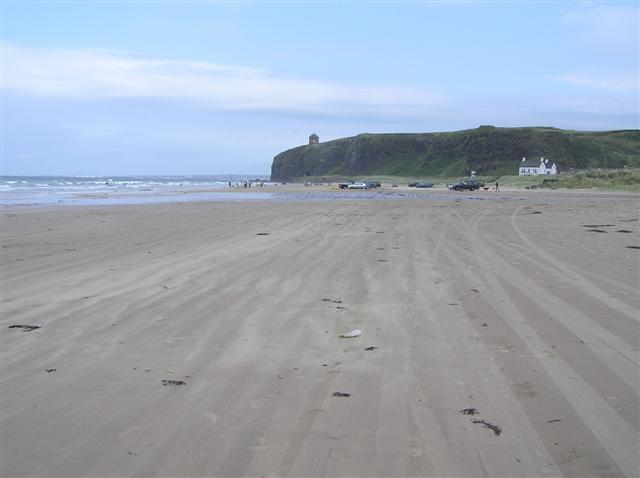 File:Downhill Strand, Derry - Londonderry - geograph.org.uk - 222956.jpg