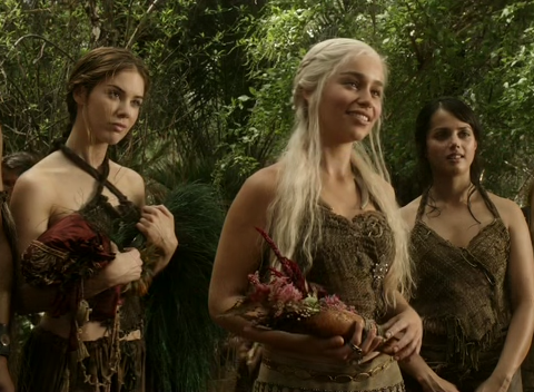 File:Daenerys and handmaidens.png